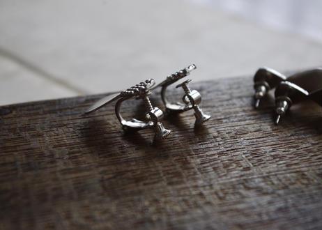 vue.日常のかたち「ribbon」イヤリング/silver