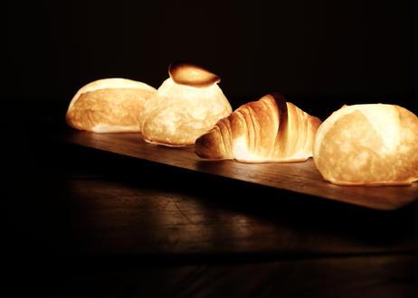 """【 PAMPSHADE 】""""本物のパンからできたインテリアライト"""" """"クロワッサン"""" /  電池タイプ(パンプシェード)"""