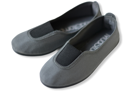【 La Cadena 20AW 】 GIMNASIA   PANEL COLOR SLIP ON / DK GREY ×  BLACK / 23.5〜24.5cm