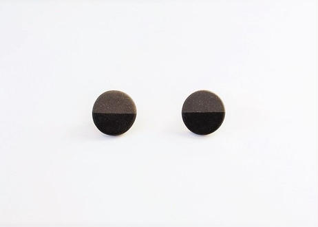 POINT HALF earrings Black / Black