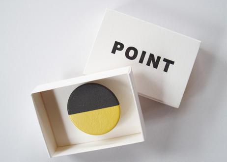 POINT HALF brooch Black / Yellow