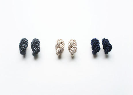 NOEUD 8knot-earrings Black