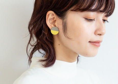 POINT HALF earrings Gray / Yellow