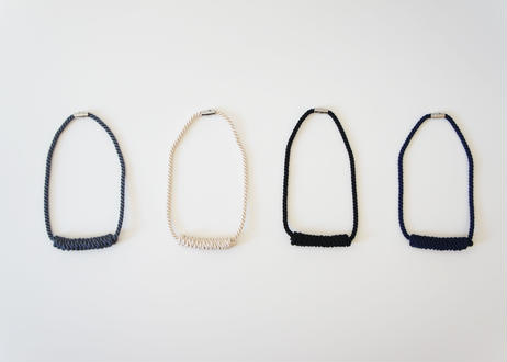 NOEUD Lineknot-necklace S Gray