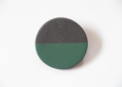 POINT HALF brooch Black / Green