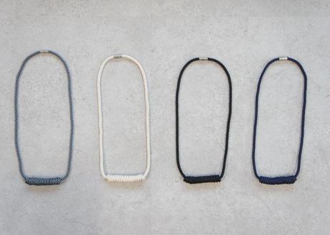 NOEUD Lineknot-necklace L Black