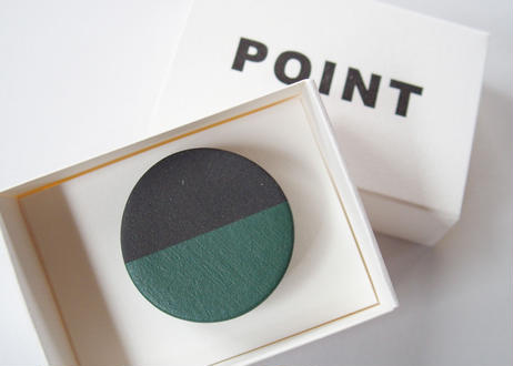 POINT HALF brooch Black / Green