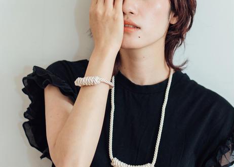 NOEUD Lineknot-bracelet Beige