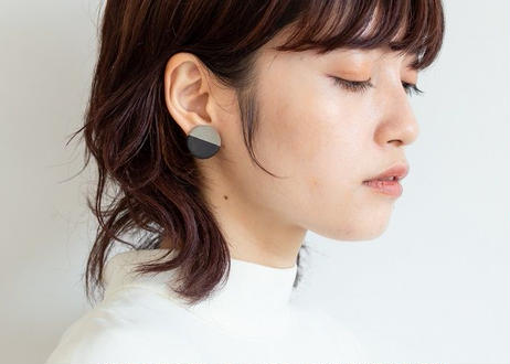 POINT HALF pierce Gray / Black