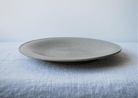 型打ち8寸皿 B _郡司製陶所