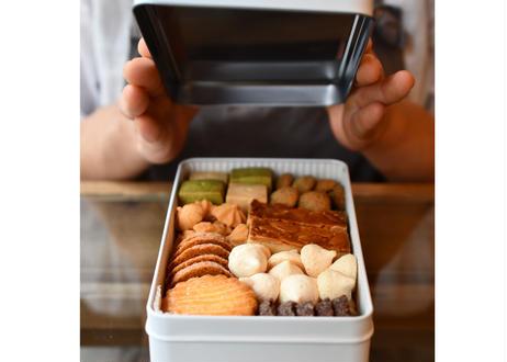 【全国発送】ホルンのクッキー缶(9月28日〜10月3日発送)