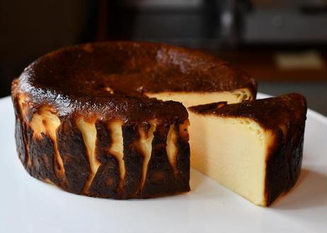 【全国発送】ホルンのバスクチーズケーキ (10月1日〜10月3日発送)