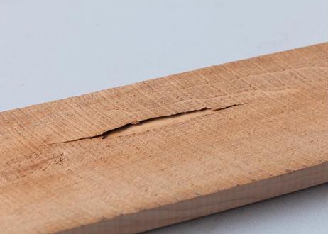 製材古材ヘリンボーン:幅60mm 長さ420mm 厚み12mm以下MIX