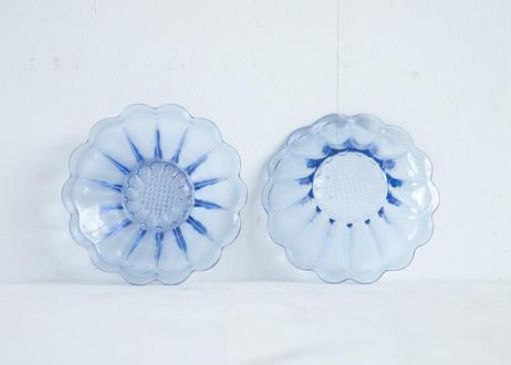 お花の形のガラスボウル4つセット