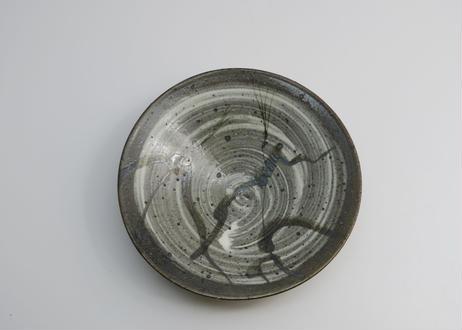 刷毛目鉄絵皿 (隆 作)