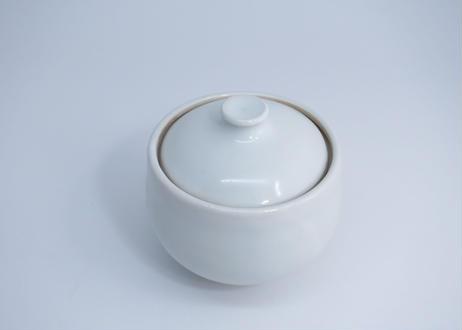 白磁蓋物 (隆 作)
