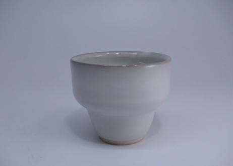 白釉湯呑 (隆 作)