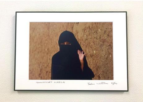 写真パネル<黒いベールの女性>直筆サイン付き 限定50枚