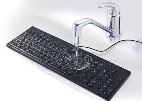 【防水防塵抗菌仕様】有線フルキーボード バッファロー BSKBU520BK(ブラック)