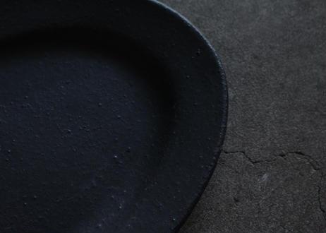 飯高幸作 リムオーバル皿 黒