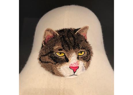 サウナハットフェルト     (見つめるネコ)