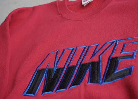 90's Nike logo sweat