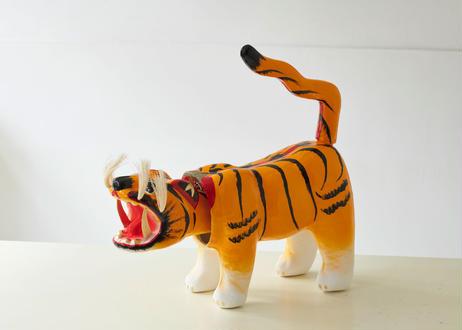 張り子虎 (岡山県産)
