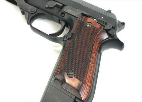 ウッドグリップ MARUI製 M93R チェッカー/ブラウン