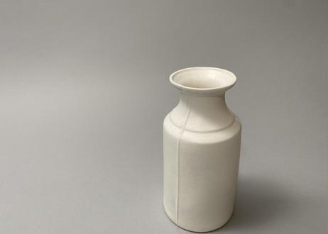 3 lines bottle vase / M / A / white