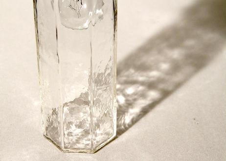 八角筒細瓶