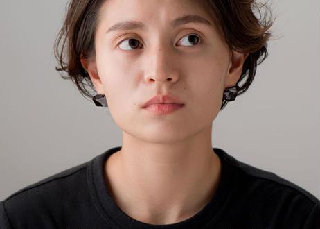 NUEN CHAMFER EARINGS / PIERCE SHORT