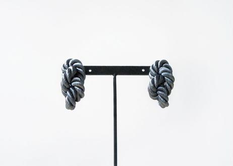 NOEUD 8knot-pierce / earrings Gray