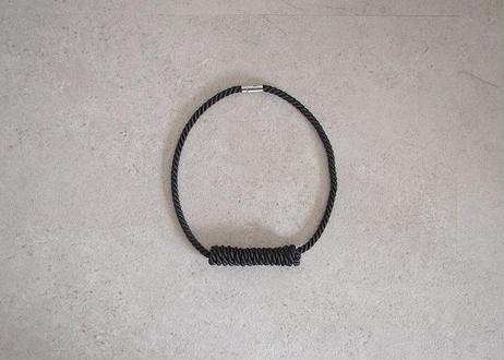 NOEUD Lineknot - necklace S Black