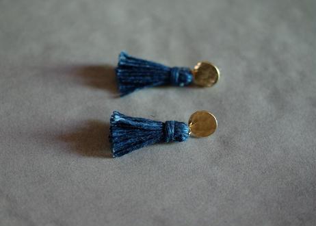 琉球藍染め(麻) タッセルピアス