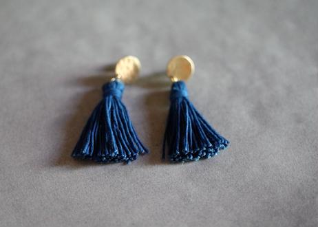琉球藍染め(綿)タッセルピアス