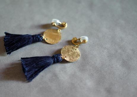 琉球藍染め(濃紺) タッセルイヤリング