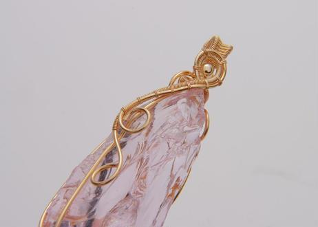 アンダラクリスタル 「レムリアの神秘 ハートチャクラ ピンク」