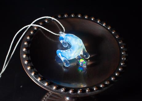 雫 レインボーオパール 白(ボロシリケイトガラス) SN-12102