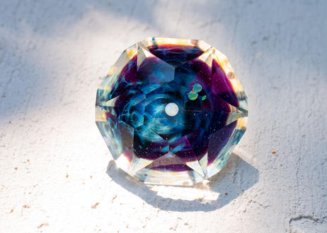 ダイヤモンド型オブジェ 宇宙 アメジスト ダブルオパール (ボロシリケイトガラス)  GN-12207