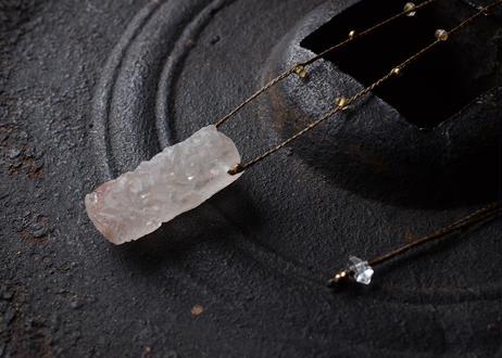 ヒマラヤ水晶パールバティ渓谷産/一粒の鉱物ネックレス123