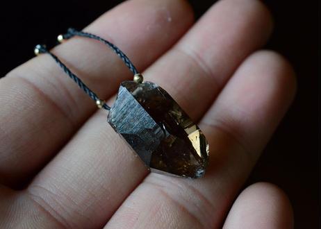 ガネーシュヒマール水晶/一粒の鉱物ネックレス121