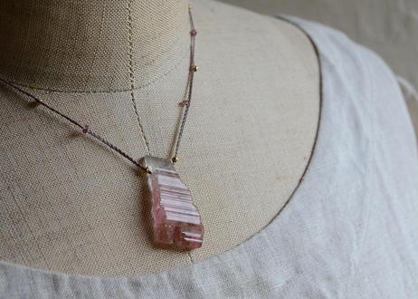 ピンクトルマリン/一粒の鉱物ネックレス122
