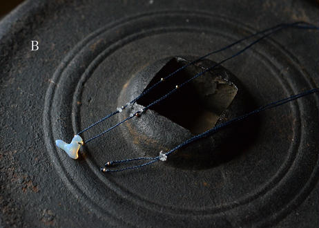 エチオピアオパール/一粒の鉱物ネックレス124
