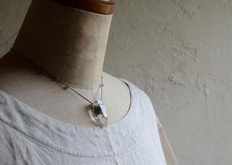 ガネーシュヒマール水晶/一粒の鉱物ネックレス120