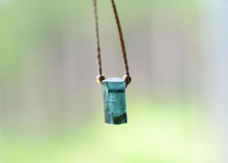 トルマリン/一粒の鉱物ネックレス125