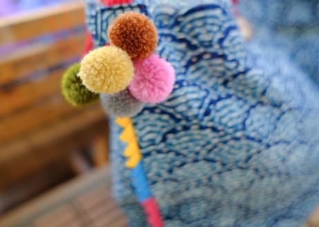タイの刺し子バッグ(ライトブルーxレッド)