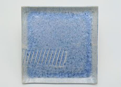 B58 雪結晶釉角皿 青