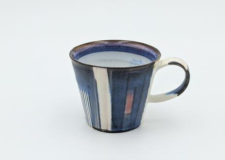 B11 色彩結晶釉 マグカップ 藍に赤