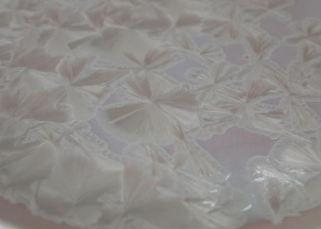 A93雪結晶釉ピンク丸皿
