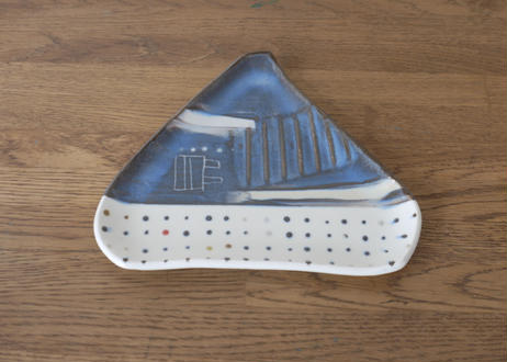 A68色彩釉マット三角皿 小